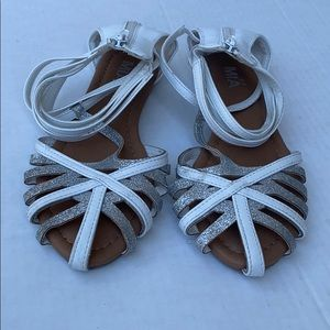 Mia Girl sandals size 4